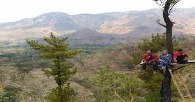 Gunung Beruk, Wisata Alam di Kampung Idiot