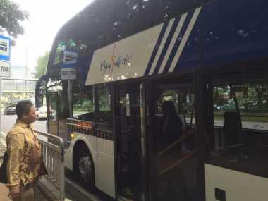 Bus Wisata Malam Jakarta, Asyiknya Seperti di Singapura
