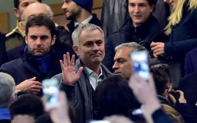 Jose Mourinho Datang, Masa Depan Daley Blind Terancam