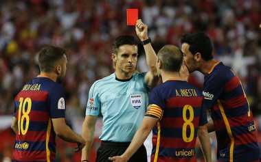 Barcelona Hadapi Musim yang Berat Bersama Luis Enrique