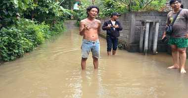 Kota Surabaya Direndam Banjir