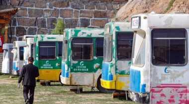 Bus Bekas Ini Disulap Bak Hotel Berbintang