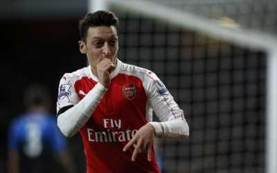 Demi Kesuksesan di Premier League, Ozil Ubah Gaya Bermain