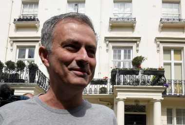 Mourinho Tak Ingin Perselisihan dengan Guardiola Berujung Kehilangan Trofi Bersama Man United