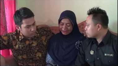 Kala Tangis Ibunda TKI Rita Pecah di Hadapan Tim Kemenlu