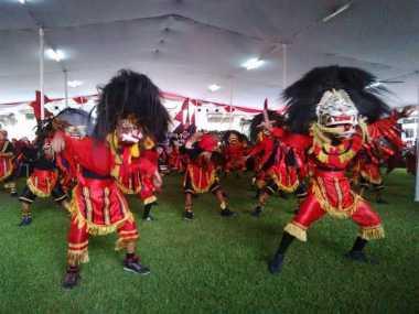 Turis Belanda: Budaya Indonesia Dahsyat!