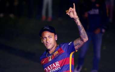 Barcelona Enggan Pikirkan Isu Kepergian Neymar