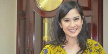 FOTO: Netizen Puji Wajah Cantik Dian Sastro