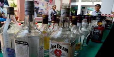 Bulan Ramadan, Ratusan Minuman Keras Diamankan Polisi