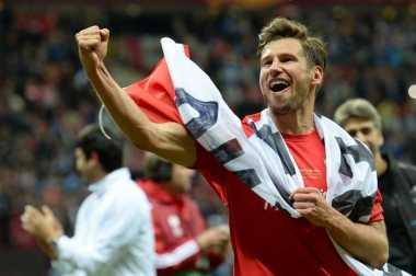 Grzegorz Krychowiak Selangkah Lagi Gabung Paris Saint-Germain