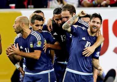 Lionel Messi Siap Fisik dan Mental Jelang Tampil di Final Copa America Centenario 2016