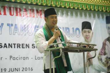 Hary Tanoe Silaturahmi ke Ponpes Sunan Drajat di Lamongan