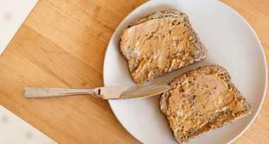 Jangan Tambahkan 4 Hal Ini ke Roti jika Tak Ingin Gemuk