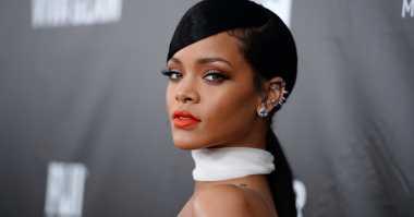 Rihanna Bocorkan Teaser Soundtrack Star Trek Beyond
