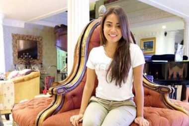 FOTO: Tak Ada Foto KD, Aurel Hermansyah Dianggap Lupa Ibu Kandung