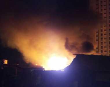 Rumah Warga di Seberang Kampung Luar Batang Kebakaran
