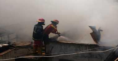 Kerahkan 21 Unit Damkar, Kebakaran di Muara Baru Berhasil Dipadamkan