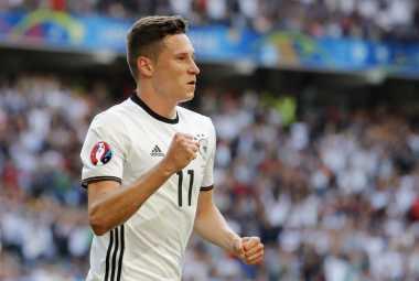 Manchester United Tertarik Amankan Tanda Tangan Julian Draxler
