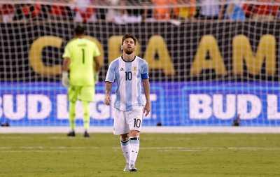 Lionel Messi Pensiun dari Timnas Argentina