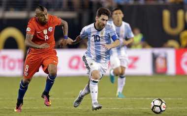 Vidal Sayangkan Keputusan Messi untuk Pensiun dari Timnas Argentina