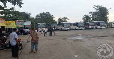 Sejumlah Bus Angkutan Mudik di Karawang Tak Laik Jalan