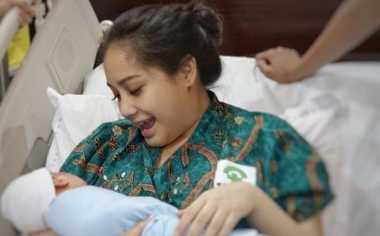 Penyebaran Vaksin Palsu Bikin Nini Carlina dan Nagita Slavina Panik