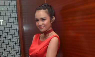 Michelle Ziudith Panik Dikejar Ular Laut saat Syuting