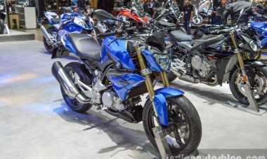 Mengusung Gaya Street Fighter, BMW G310R Dilepas Rp75 Juta