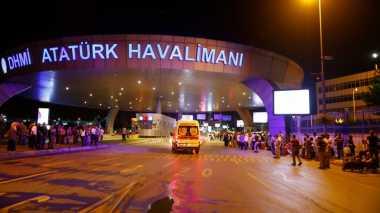 Serangan Bom Bunuh Diri di Bandara Turki Lukai 50 Orang