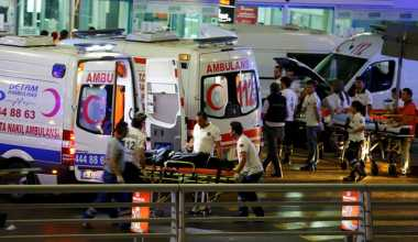 Video Penembak Brutal Ledakkan Diri di Bandara Turki