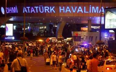 Serangan Bom Bandara Turki Tewaskan 13 Warga Asing