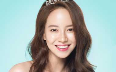 "Cantik Natural, Song Ji Hyo Dijuluki ""Goddess"""