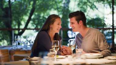 Tips PDKT dengan Wanita Pintar