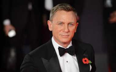 TOP GOSSIP #9: Daniel Craig Bakal Adu Akting dengan Halle Berry di Kings