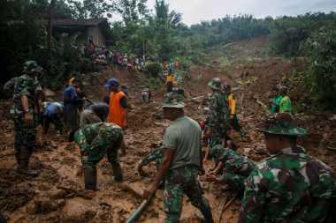Kerugian Akibat Banjir dan Longsor di Jateng dan Sangihe Capai Rp302 Miliar