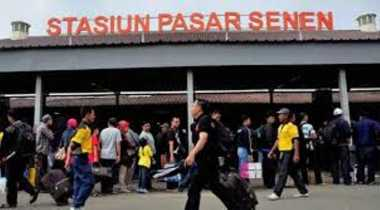 Pantau Persiapan Mudik, Dua Menteri Jokowi Sidak Stasiun Pasar Senen
