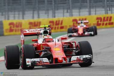 Masa Depan Kimi Raikkonen Tergantung Performanya di Lintasan