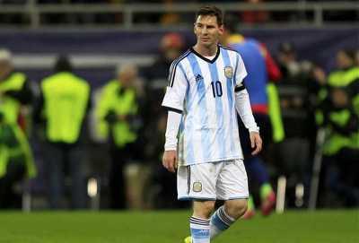Hot Soccer: Argentina Terlalu Membebani Messi