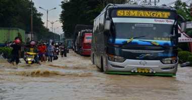Antisipasi Macet Akibat Rob, Polrestabes Semarang Siapkan Rekayasa Lalin