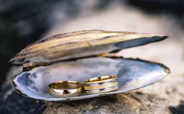 TOP FASHION 2: Yuk, Pilih Perhiasan Sesuai Warna Kulit!
