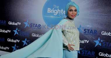 Indah Nevertari Rayakan Lebaran di Malaysia