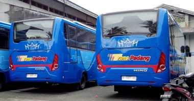 Penumpang Keluhkan Pelayanan Trans Padang