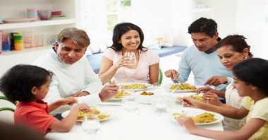 Hindari Makanan Pedas saat Sahur, Ini Dampaknya