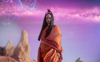 Rilis MV Teranyar, Rihanna Tampil Futuristik Tanpa Alis