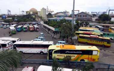 320 Bus Siap Angkut Pemudik di Terminal Poris Plawad