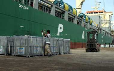 Hindari Lonjakan Antrean, ASDP Merak Percepat Bongkar Muat Kapal