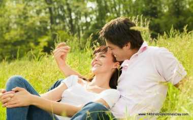 TOP FAMILY 7: Menurut Islam, Suami-Istri Harus seperti Ini agar Romantis