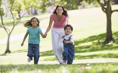 TOP FAMILY 9: Cara Lain Membuat Anak Cepat Cerdas