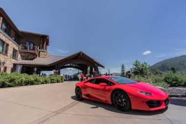 TOP TRAVEL 6: Menginap di Hotel Ini, Anda Dapat Lamborghini