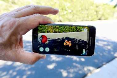 Pantai Parangtritis Lokasi Memburu Monster Pokemon